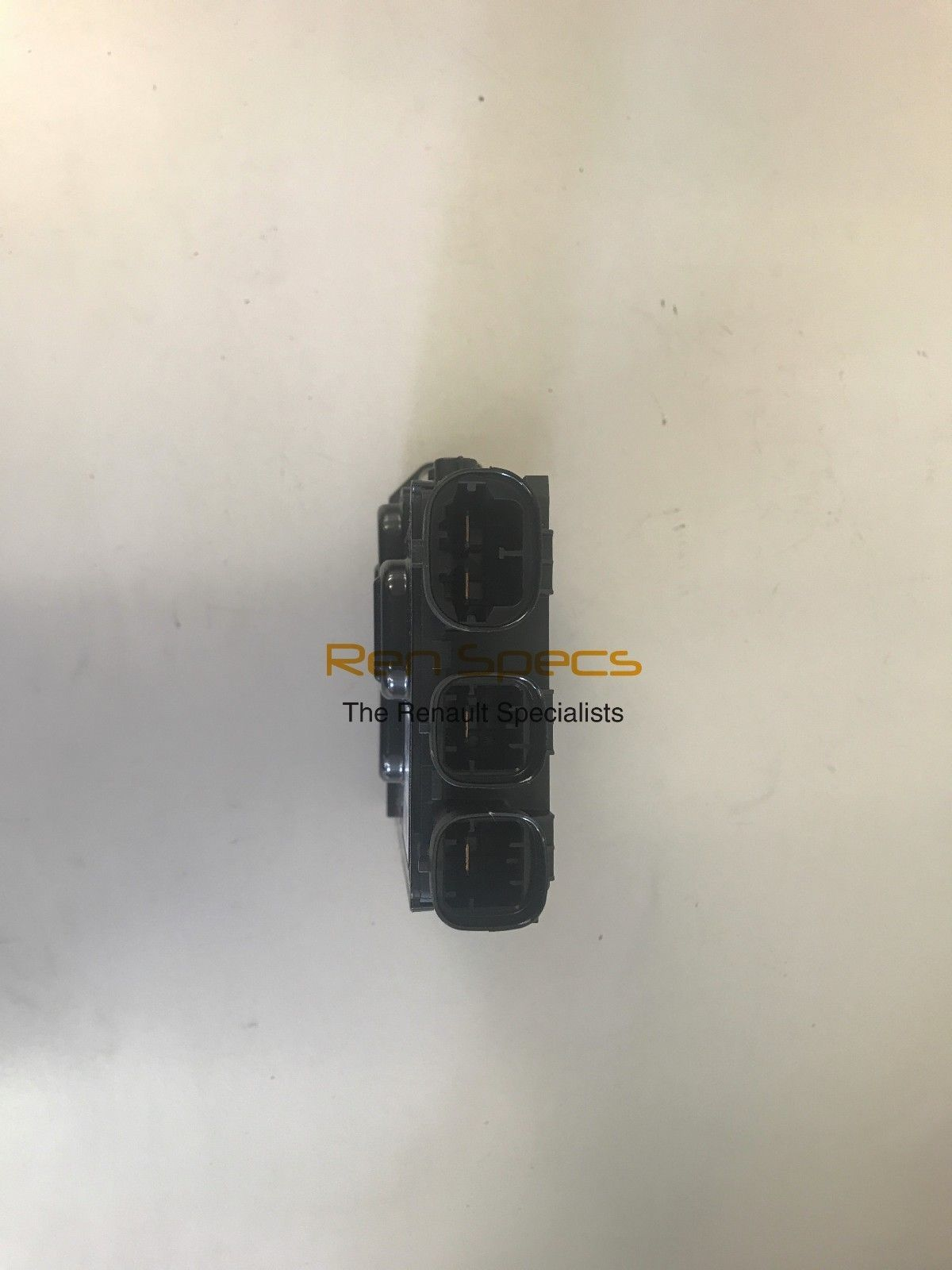 Brand New Genuine Battery Fuse Box Board Fusable Link On A Renault Trafic 243501820r